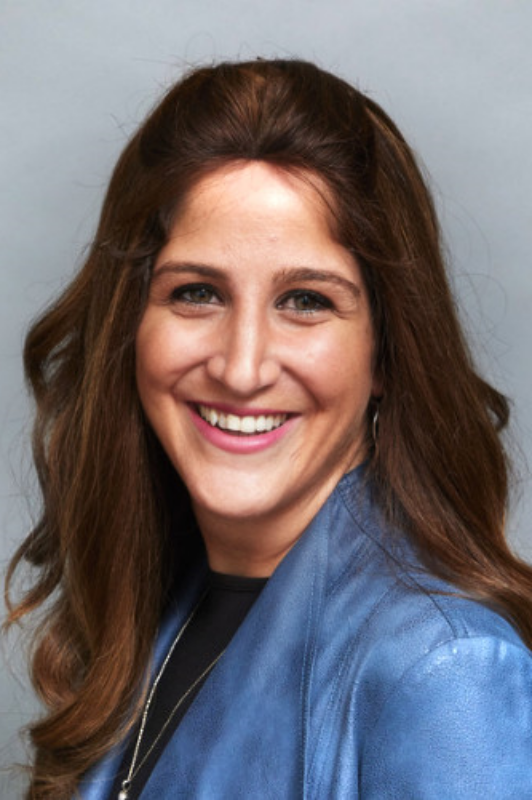How to Elevate Your Company to Be One that Doctors and Patients Actually Care About with Sharon Golubchik, Senior Vice President of Healthcare at Antenna